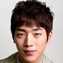 Kang Jung Woo - Wikipedia