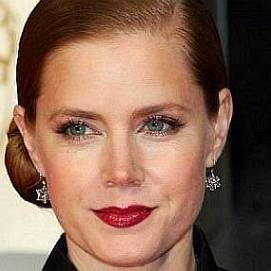 Amy Adams dating 2021