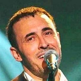 Kadim Al Sahir dating 2021 profile