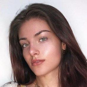 Alana Arbucci dating 2020 profile