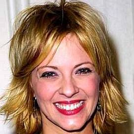 Lisa Arturo dating 2021 profile