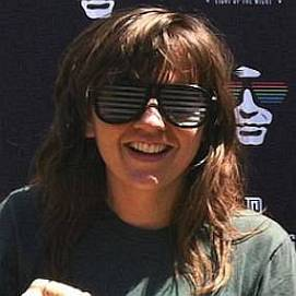 Courtney Barnett dating 2021