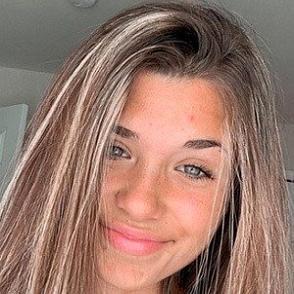 Nessa Barrett dating profile