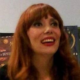 Paula Bonet dating 2021 profile