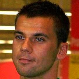 Filip Burkhardt dating 2021 profile