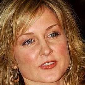 Amy Carlson dating 2021