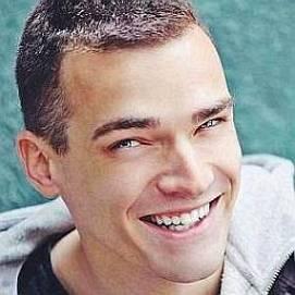 Emil Conrad dating 2021 profile