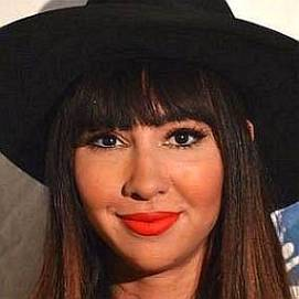 Jackie Cruz dating 2021 profile