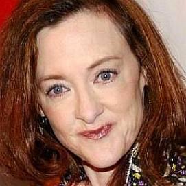 Joan Cusack dating 2021