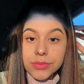 Mayra del Villar dating profile