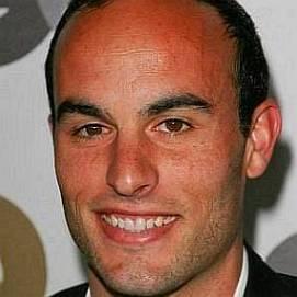 Landon Donovan dating 2021