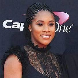 Nina Earl dating 2021