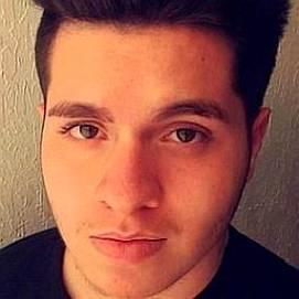 Pedro Figueredo dating 2021 profile