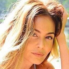 Ava Fiore dating 2021 profile