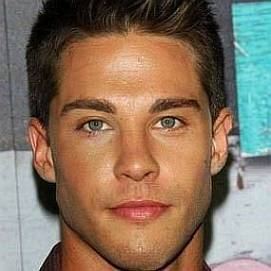 Dean Geyer dating 2021