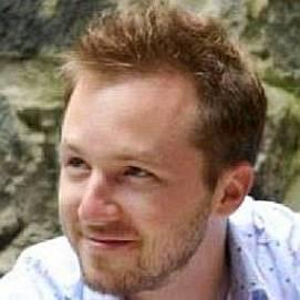 Adam Gidwitz dating 2021 profile