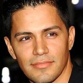Jay Hernandez dating 2021