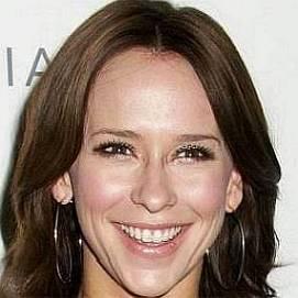 Jennifer Love Hewitt dating 2021