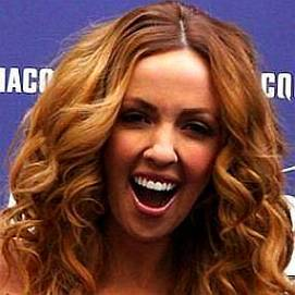 Lisa Kelly dating 2021