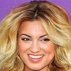 Tori Kelly dating 2020
