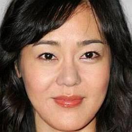 Yunjin Kim dating 2021