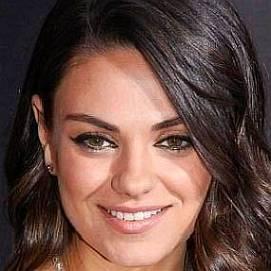 Mila Kunis dating 2021