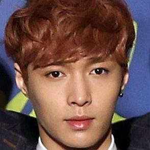 Lay dating profile