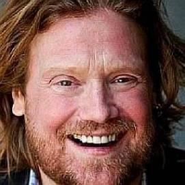 Michael Lindsay dating 2020 profile