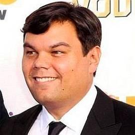 Robert Lopez dating 2021