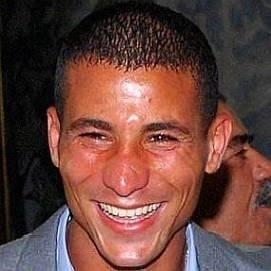 Taoufik Makhloufi dating 2021 profile