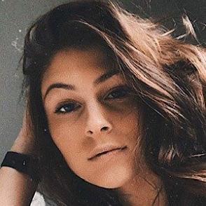 Paige Nicole Marshall dating profile