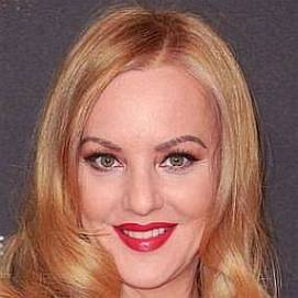 Wendi McLendon-Covey dating 2021