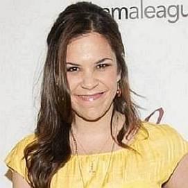 Lindsay Mendez dating 2021