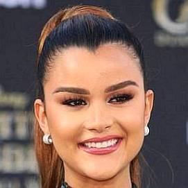 Clarissa Molina dating 2021 profile