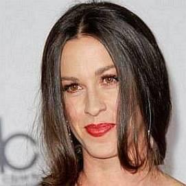 Alanis Morissette dating 2021