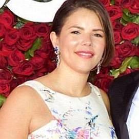 Vanessa Adriana Nadal dating 2021 profile