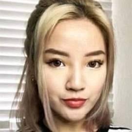 Naomi Neo dating 2021 profile