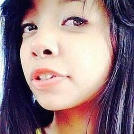 Vanna M. Pareja dating 2021 profile