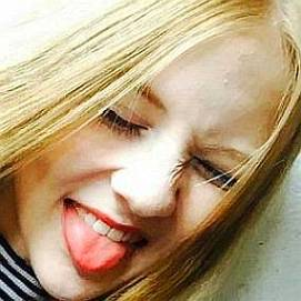 Evelina Parkera dating 2021 profile