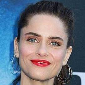 Amanda Peet dating 2021