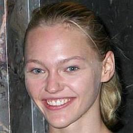 Sasha Pivovarova dating 2021