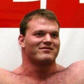 Derek Poundstone dating 2021 profile