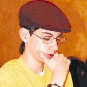 Alejandro Ramirez dating 2020 profile