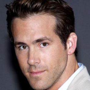 Ryan Reynolds dating 2021