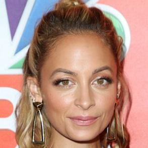 Nicole Richie dating 2020