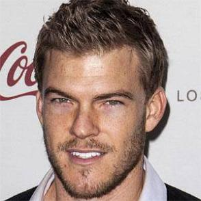 Alan Ritchson dating 2021