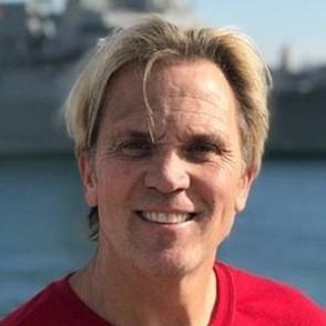 Charles Robinson dating 2021 profile