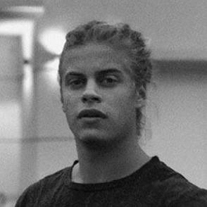 Santiago Sáez dating profile