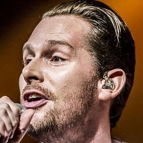 Rasmus Seebach dating 2020 profile