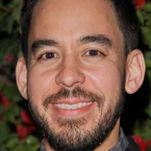 Mike Shinoda dating 2020
